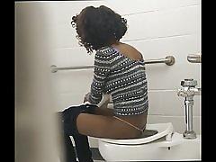 Tynn svart rumpe - skjulte toalett cam