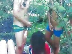Glatt jævla-hopper klassen å knulle i skogen