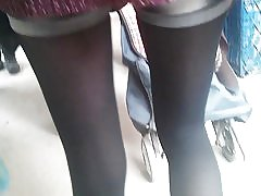 Etter en sexy jente med varme strømper