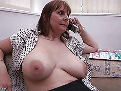 Mor store bryster av br1990